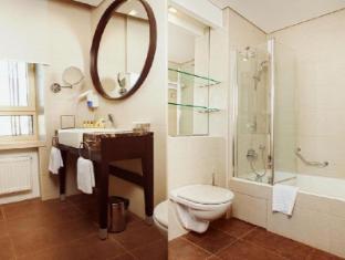 Aquamarine Hotel Moscow - Bathroom