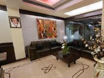 Executive Enclave Hotel: lobby
