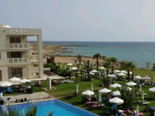/capital-coast-resort-and-spa/hotel/paphos-cy.html?asq=GzqUV4wLlkPaKVYTY1gfioBsBV8HF1ua40ZAYPUqHSahVDg1xN4Pdq5am4v%2fkwxg