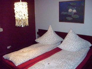 /fritzis-art-hotel/hotel/stuttgart-de.html?asq=jGXBHFvRg5Z51Emf%2fbXG4w%3d%3d