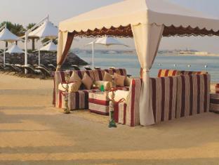 Traders Hotel Abu Dhabi by Shangri-La Abu Dhabi - Beach