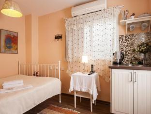 /peer-guest-house/hotel/tel-aviv-il.html?asq=vrkGgIUsL%2bbahMd1T3QaFc8vtOD6pz9C2Mlrix6aGww%3d
