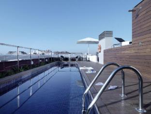 Residencia Melon District Marina Barcelona - Swimming Pool