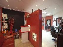 High End 2 Hotel Apartments LLC: beauty salon