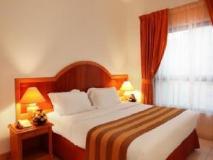 High End 2 Hotel Apartments LLC: guest room