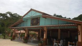 /koh-ngai-kaimuk-thong-resort/hotel/koh-ngai-trang-th.html?asq=jGXBHFvRg5Z51Emf%2fbXG4w%3d%3d