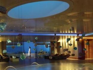 /porto-elounda-golf-spa-resort/hotel/crete-island-gr.html?asq=GzqUV4wLlkPaKVYTY1gfioBsBV8HF1ua40ZAYPUqHSahVDg1xN4Pdq5am4v%2fkwxg
