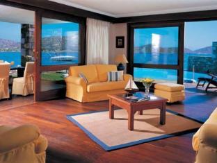 /elounda-bay-palace-hotel/hotel/crete-island-gr.html?asq=vrkGgIUsL%2bbahMd1T3QaFc8vtOD6pz9C2Mlrix6aGww%3d