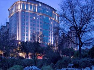 โรงแรมมิลเลนเนียม