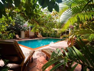 The Villa Paradiso Phnom Penh - Swimming pool