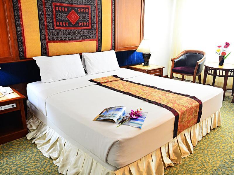 ที่พักหาดใหญ่ ที่พักสงขลา หาดใหญ่ สงขลา ที่พัก พักไหนดี ท่องเที่ยวไทย ไทยเที่ยวไทย เที่ยวไหนดี เว็บท่องเที่ยว painaidii ไปไหนดี อาโลฮา   โรงแรมเดอะรีเจนซี่   เดอ โพเอม ลอฟ บูทีค เรสซิเดนซ์  หรรษา เจ บี   เอเชี่ยน หาดใหญ่ The Bed Hotel Hatyai  Kiss Garden Home Resort  Tune Hotel  Buri Sriphu Novotel Centara  Hatyai