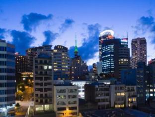 Stadium Waldorf Apartments Auckland - View