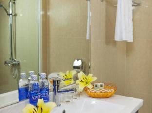 Twins Hotel Hanoi - Bathroom