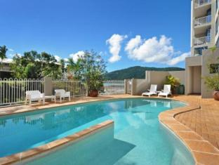 at Whitsunday Vista Resort Whitsunday Islands - Swimmingpool