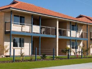 /pinnacles-edge-resort/hotel/cervantes-au.html?asq=jGXBHFvRg5Z51Emf%2fbXG4w%3d%3d