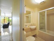 Diamond Sands Resort: bathroom