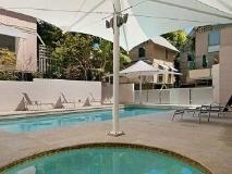 The Hastings Beach Houses: swimming pool