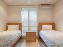 The Hastings Beach Houses: guest room