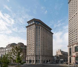 /les-suites-orient-bund-shanghai/hotel/shanghai-cn.html?asq=Rxsa8G3tASbEwRlamnaSEKaXsBJG77jU%2fX1IfU7fNRSMZcEcW9GDlnnUSZ%2f9tcbj
