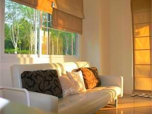 The Crystal Lake Phuket Hotel Phuket - Living Area