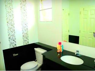 The Crystal Lake Phuket Hotel Phuket - Bathroom