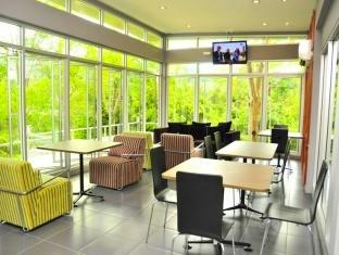 The Crystal Lake Phuket Hotel Phuket - Restaurant