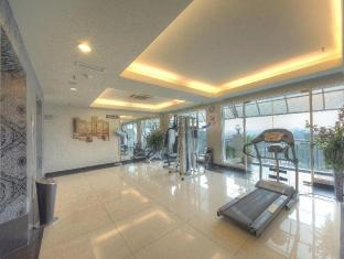 Arenaa Deluxe Hotel Malacca - Fitness room