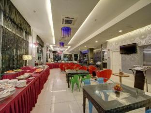 Arenaa Deluxe Hotel Malacca - Breakfast area