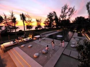 Renaissance Phuket Resort & Spa A Marriott Luxury & Lifestyle Hotel Phuket - Bể bơi