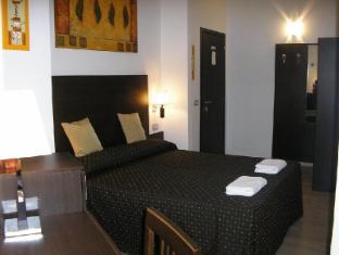 /nl-nl/roman-residence/hotel/rome-it.html?asq=m%2fbyhfkMbKpCH%2fFCE136qdm1q16ZeQ%2fkuBoHKcjea5pliuCUD2ngddbz6tt1P05j