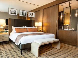Loden Hotel Vancouver (BC) - Signature King