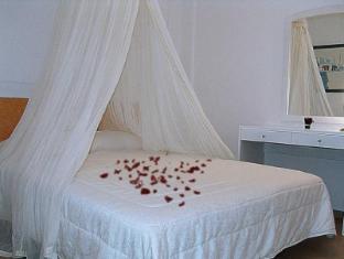 /fr-fr/marinero-hotel/hotel/paros-island-gr.html?asq=vrkGgIUsL%2bbahMd1T3QaFc8vtOD6pz9C2Mlrix6aGww%3d