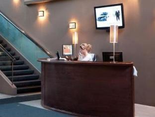 /coliseum-inn/hotel/edmonton-ab-ca.html?asq=jGXBHFvRg5Z51Emf%2fbXG4w%3d%3d