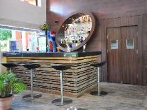 Le Seasons Beach Resort: food and beverages