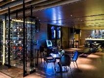 L'hotel Island South: pub/lounge