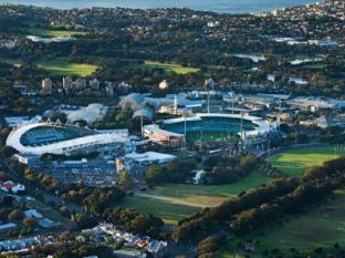 Meriton Serviced Apartments Waterloo Sydney - Sydney Cricket Ground