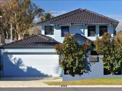 Australia Hotel Booking | Trigg Retreat Bed and Breakfast