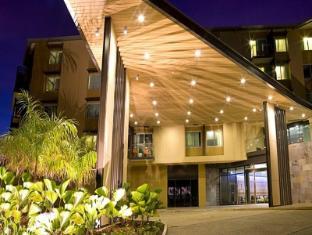 /vibe-hotel-darwin-waterfront/hotel/darwin-au.html?asq=rCpB3CIbbud4kAf7%2fWcgD35Kp5kyBq3O4qA%2fpbOxsXqhVDg1xN4Pdq5am4v%2fkwxg