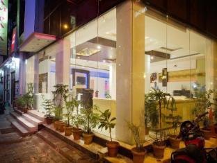 Hotel Krishna New Delhi and NCR - Exterior