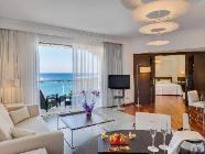 1 Bedroom Deluxe Sea View