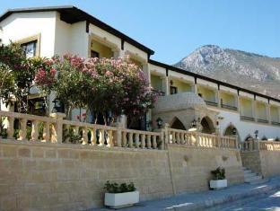 /de-de/bellapais-monastery-village/hotel/kyrenia-cy.html?asq=GzqUV4wLlkPaKVYTY1gfioBsBV8HF1ua40ZAYPUqHSa9J0xC31XBBzuBZ3FoP20YO4X7LM%2fhMJowx7ZPqPly3A%3d%3d