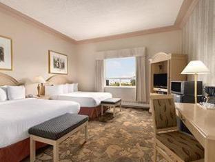 /chateau-nova-hotel-suites/hotel/yellowknife-nt-ca.html?asq=jGXBHFvRg5Z51Emf%2fbXG4w%3d%3d