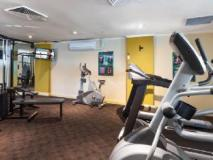 Fiori Apartments: fitness room