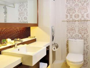 Metropole Hotel Macau - Bilik Mandi