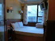 ดีลักซ์ เตียงใหญ่ มีหน้าต่าง