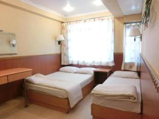 USA Hostel Hong Kong - Deluxe Triple Room
