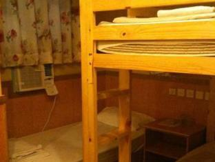 USA Hostel Hong Kong - Deluxe Triple Room (Bunk Bed & 1 Single)