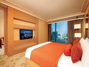 Marina Bay Sands Singapore - Orchid Suite View