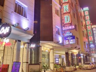 /sv-se/hotel-grand-godwin/hotel/new-delhi-and-ncr-in.html?asq=jGXBHFvRg5Z51Emf%2fbXG4w%3d%3d