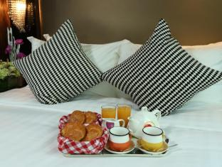 Sohotel Hong Kong - Continental in room breakfast